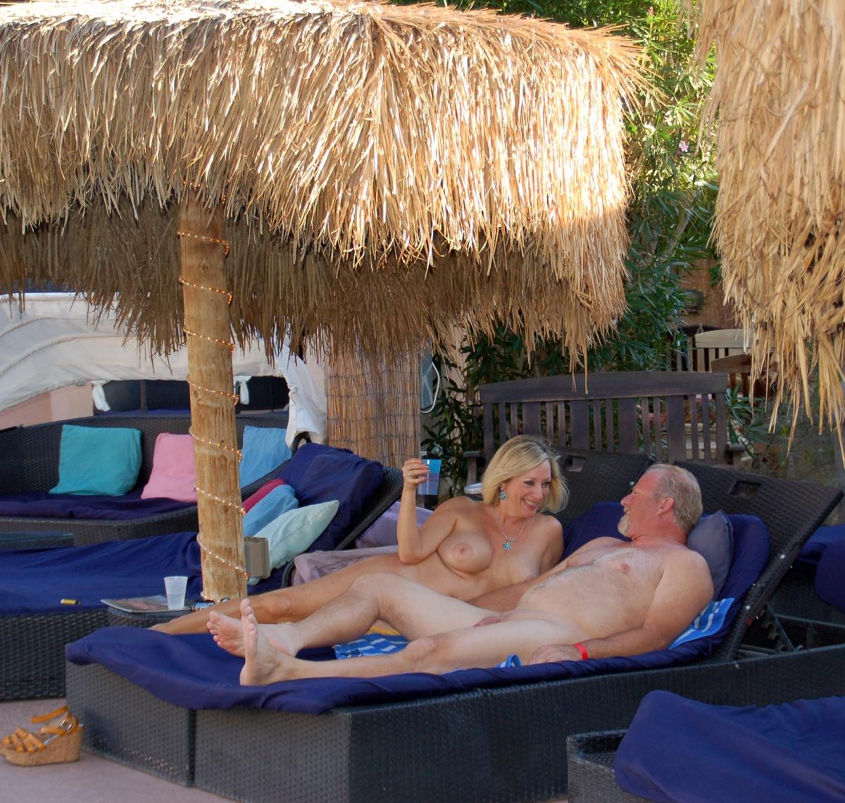 Nudist clubs california
